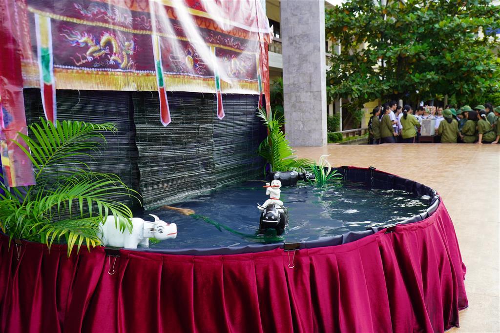 Ngày hội văn hoá dân gian – sân chơi rực rỡ sắc màu của Đoàn trường THPT Chuyên Lê Hồng Phong