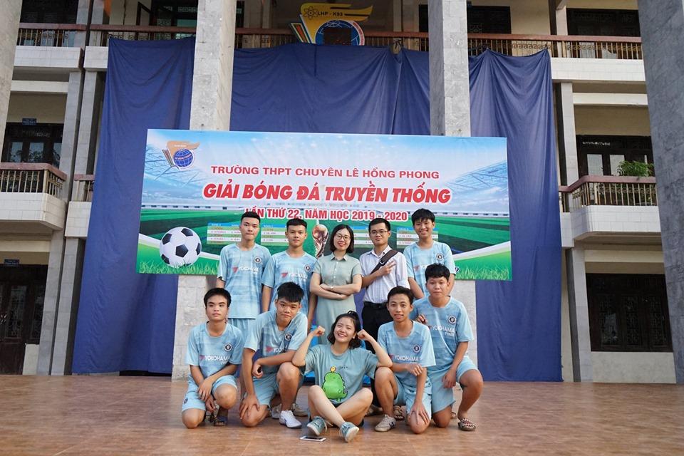Khai mạc giải bóng đá truyền thống lần thứ 22 Trường THPT chuyên Lê Hồng Phong